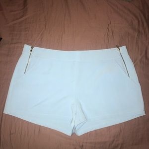 Forever 21 blue shorts size large never worn