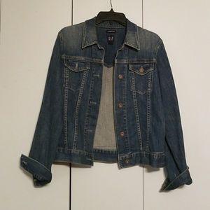 GAP denim jacket size Large