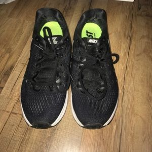 Nike running long distance shoes, great condition