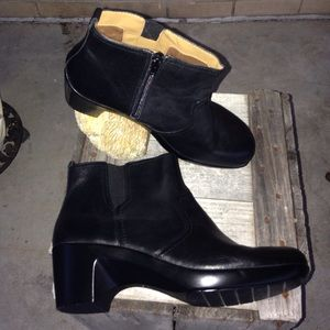 Easy spirit leather boots sz 9wide