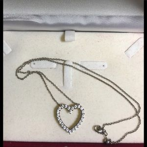 "Heart diamonds necklace Silver 9.25 long 18"""