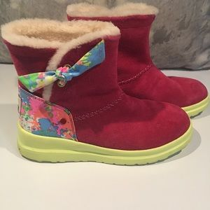 ❤️❤️ALMOST BRAND NEW UGG BOOTS!!!❤️❤️