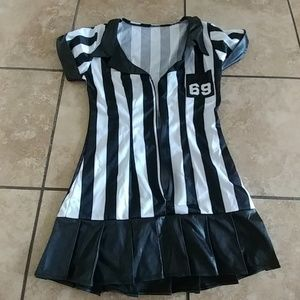Small referee Halloween costume
