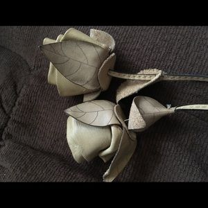 Patricia Nash tan leather roses charm