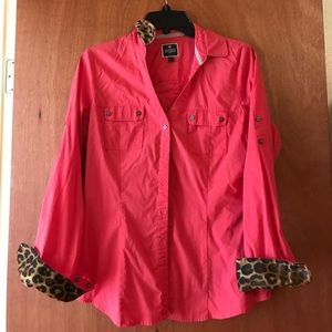 Express essential shirt with animal print