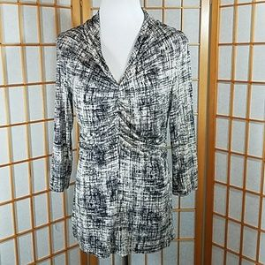 Ann Taylor black and cream rough grid pattern top