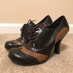 Brown Bongo Pumps