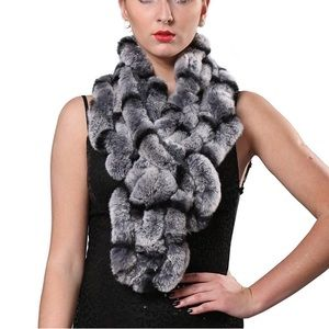 ✿NWT Long Fur Scarf✿