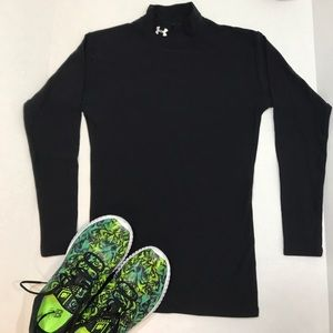 Under Armour UNISEX Black Compression Shirt