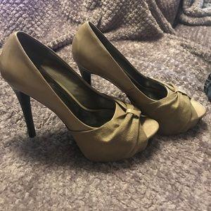 Carlos heels