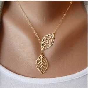 🍃Double leaf necklace