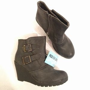Faux Leather Gray Wedge Booties