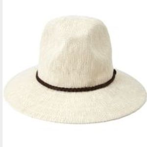 Accessories - NWT Woven Off-white Hat with Brown Braided Accent