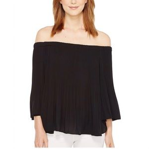 Vince Camuto 3/4 Sleeve Off The Shoulder Top