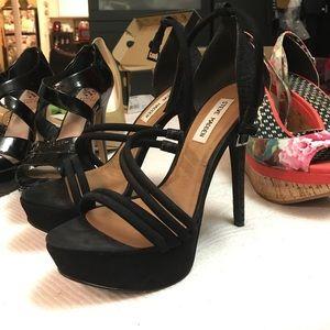 Steve Madden-heels brand new black