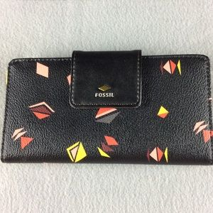 New Fossil Triangle Print Wallet