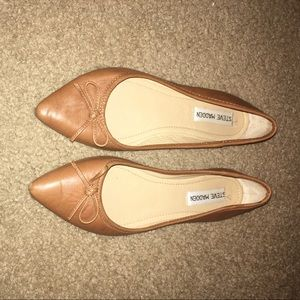Steve Madden 7.5 brown leather flats with bow