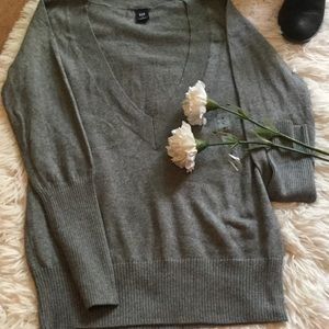 💋Gap Womens Plunging V-Neck Sweater 💋