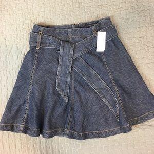 Banana Republic Women's Skirt Size 0P Petite Denim