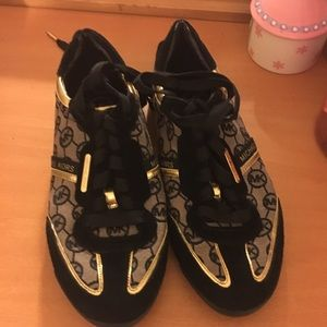 check out dfc78 ff024 Shoes - Black and gold Michael kors sneakers
