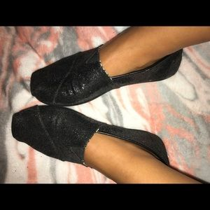 Black Sparkle Toms