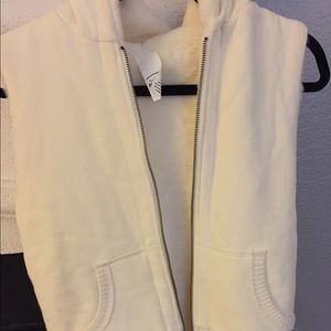Old Navy furry lined vest!