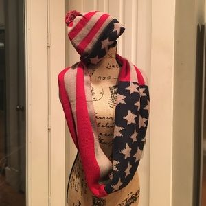NWOT Americana Scarf and Hat Set