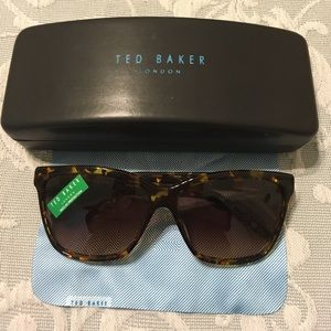 NWOT🌸 Ted Baker Sunglasses🌸