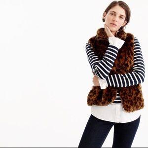 Leopard Faux Fur Zip Up Vest!