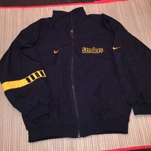 separation shoes f4965 2605b Vintage Nike Steelers windbreaker jacket youth L