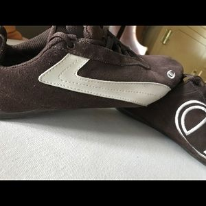 0c758d5c9f2 Champion Shoes - Vintage Champion Chocolate Brown Suede Shoes