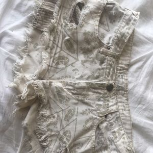 Creme colored Free People shorts