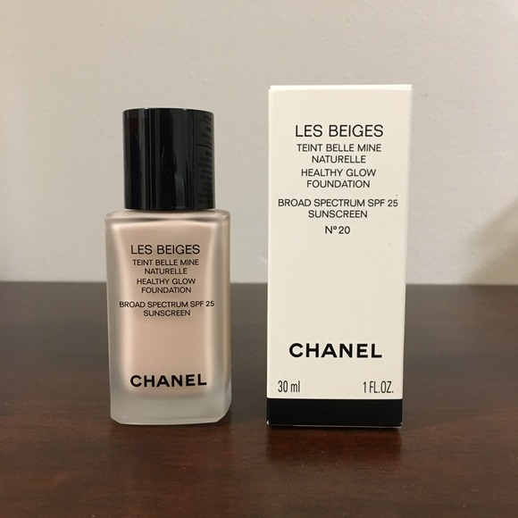 8552fd5045 🚫SOLD🚫 Chanel Les Beiges Foundation, N°20