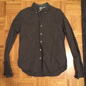 [Urban Outfitters] Men's Button Down!