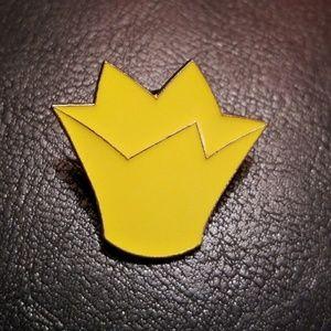 Disney Queen of Hearts Hat Series Pin