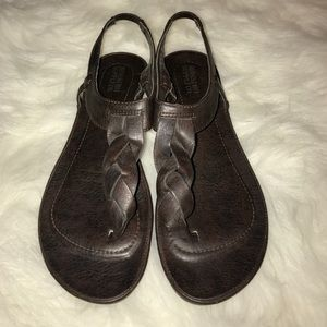 Mossimo brown thong sandals
