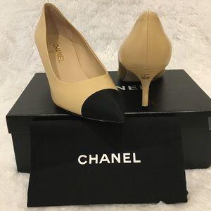 Chanel Goatskin CC Beige Black Pumps