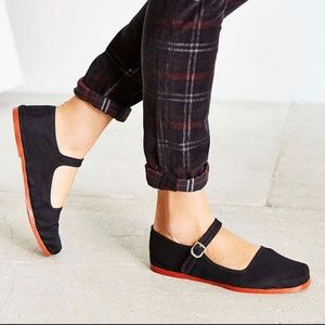 Black Mary Janes~ URBAN OUTFITTERS