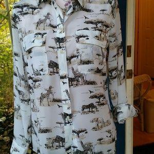 BANANA REPUBLIC African Savanah print dress shirt