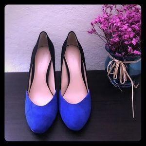 💖BCBG Gorgeous color block heels