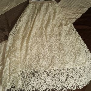 Cream floral lace maxi skirt w/ raw edge hem
