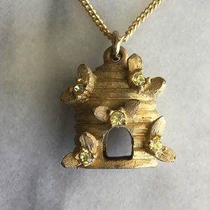 Winnie the Poo's Beehive Necklace