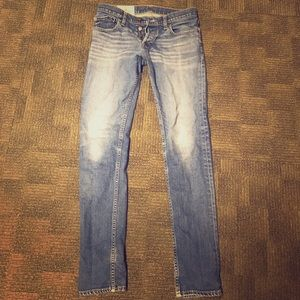 HOLLISTER SUPER SKINNY 30x32