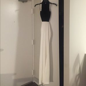 NWT Misguided B&W Open Back Maxi Dress Size 2
