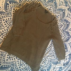 H&M STUDDED ARMY GREEN 3/4 SLEEVE LENGTH SWEATER