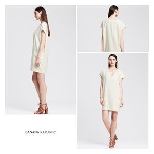 Banana Republic V Neck Cocoon Dress