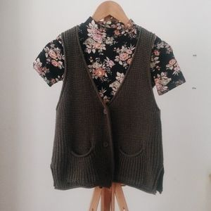 Forever 21 Floral Mock Neck Crop Top Knit Vest XS
