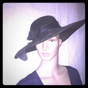 Vintage ladies sun hat. Black with rosette bow.