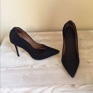 Steve Madden Paiton heels in black suede