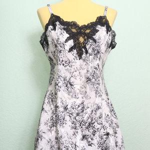 Vintage Victoria's Secret White Black Lace Trim Ni